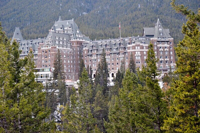 what to do in banff fairmont hotel