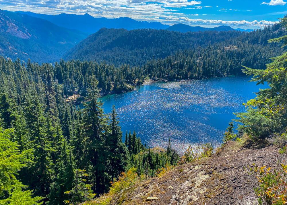 alpine lakes wilderness hike