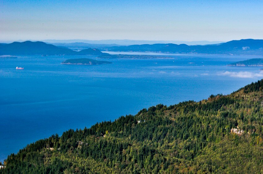 hikes and breweries seattle oyster dome