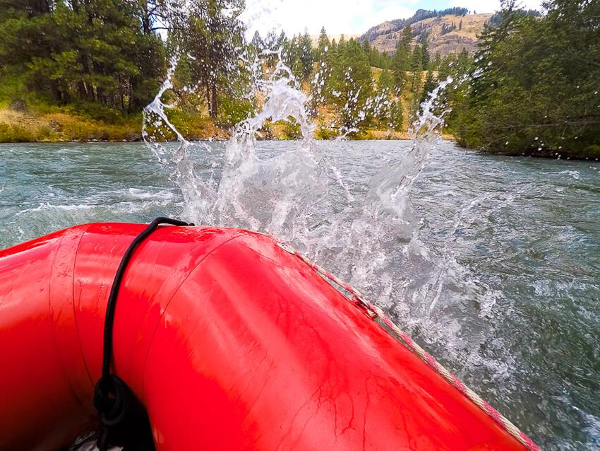 whitewater rafting tieton river splash