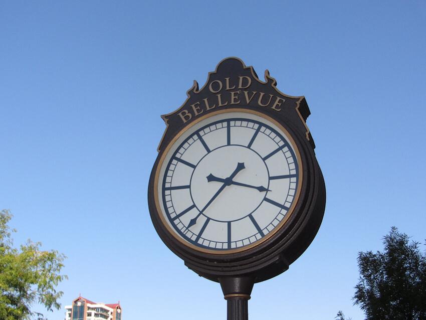 weekend in bellevue old clock