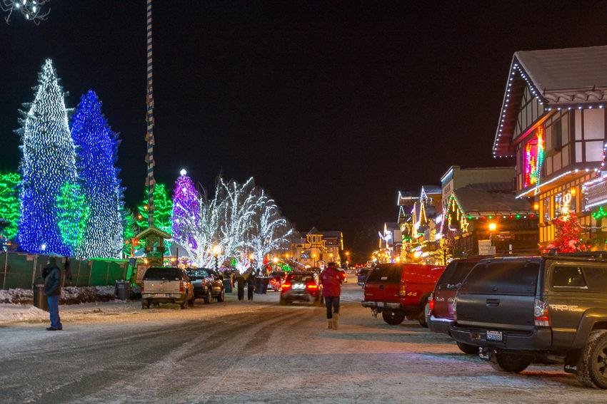 leavenworth in the winter lights