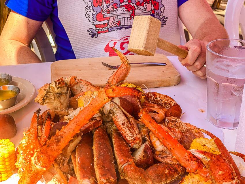 Seattle summer activities crab pot