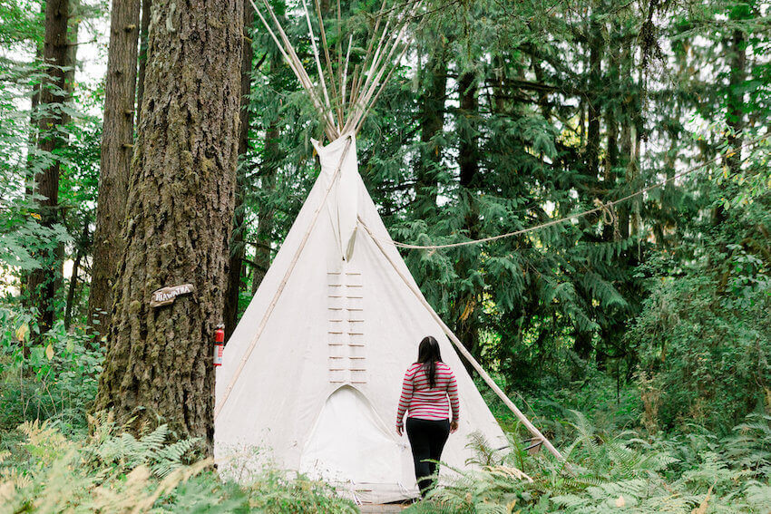 things to do in willamette valley tipi village