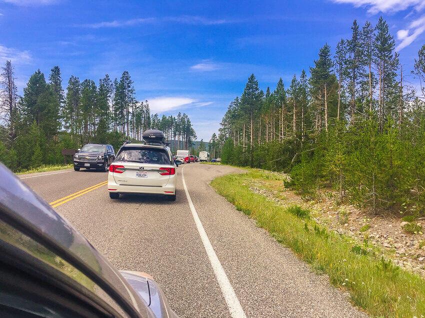 yellowstone vacation traffic