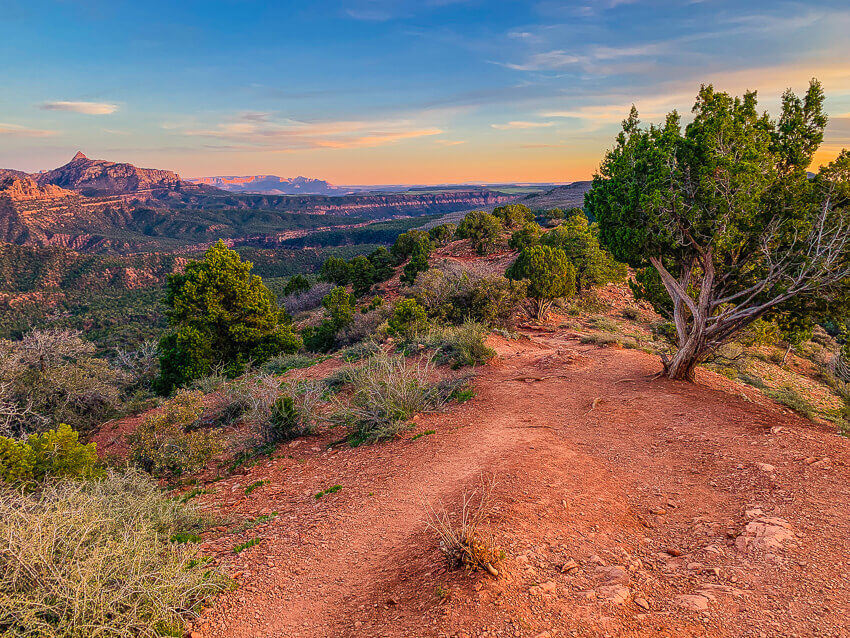 where to stay in zion national park hiking