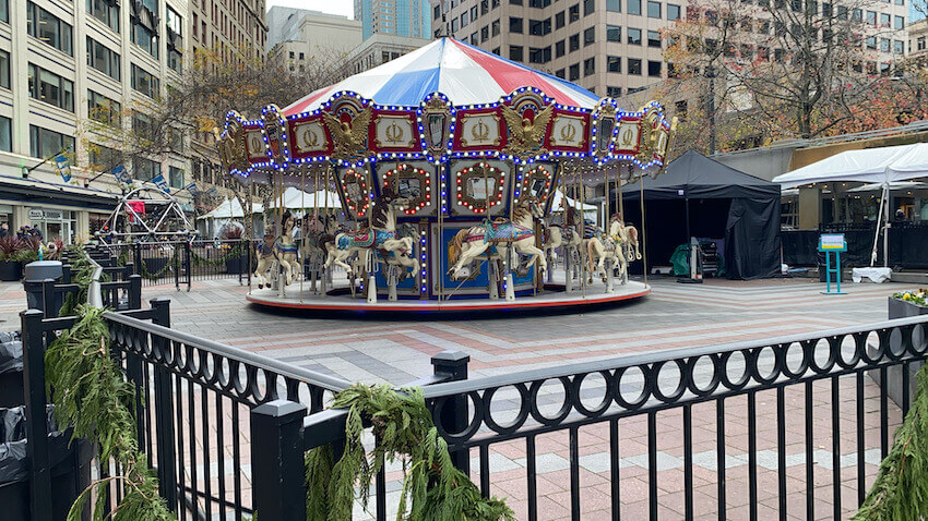 carousel things to do in seattle in winter