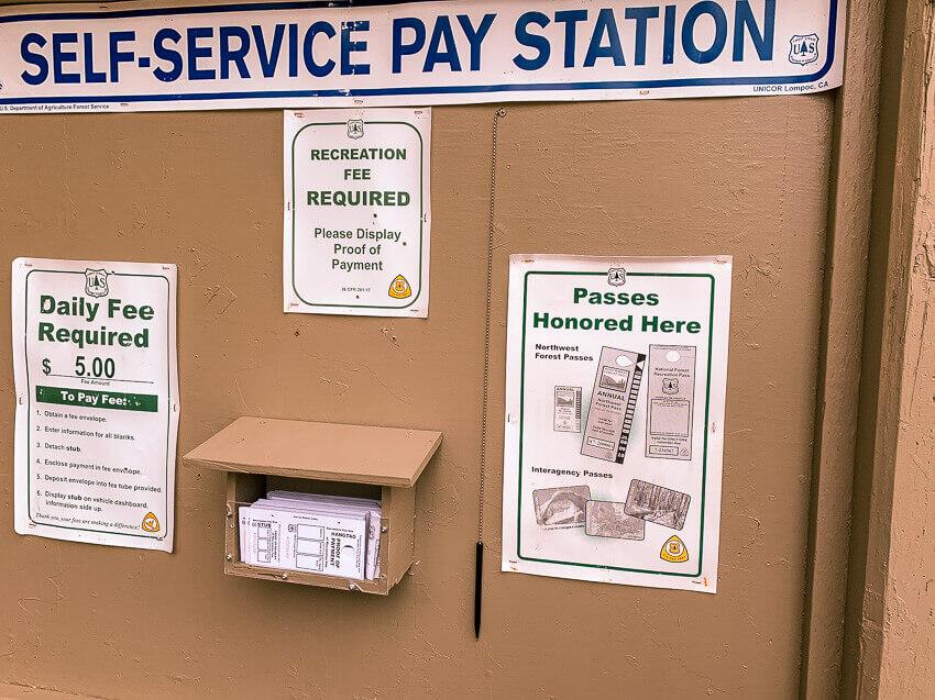 climbers bivouac pay station