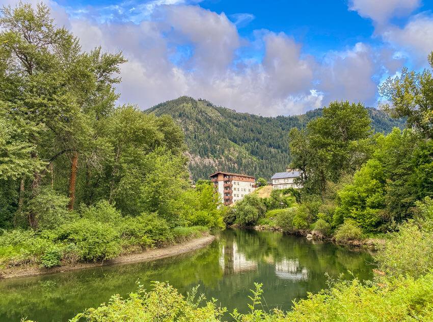 leavenworth river trail