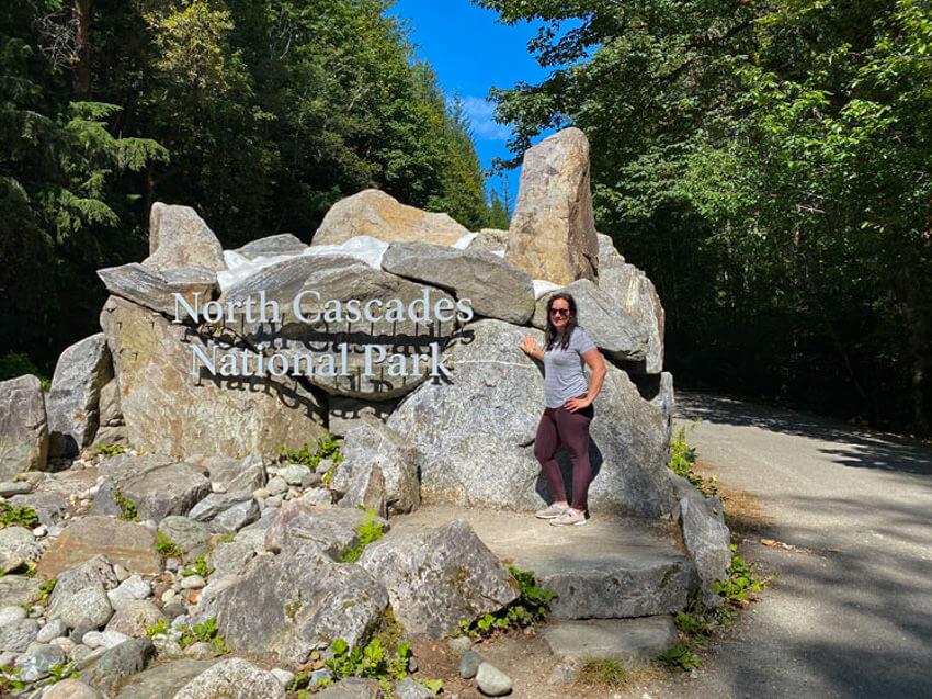 north cascades entrance sign