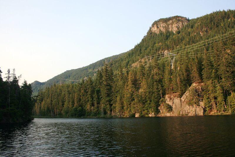 brohm lake rope swing